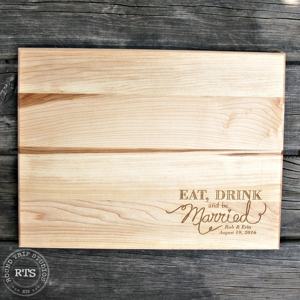 laser engraved cutting boards made from canadian wood
